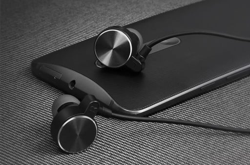 Need a Pair of Cheap Bluetooth Headphones? These Are Just $10 Bucks