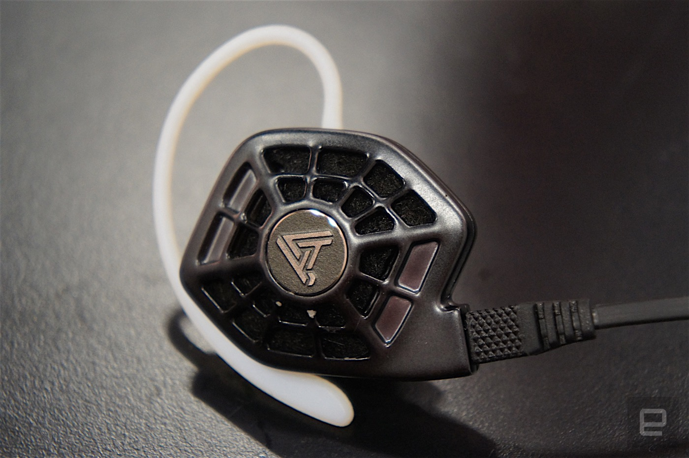 Audeze In-Ear iSINE 10 Headphones Provide Beautiful Sounds